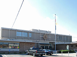 Valencia County New Mexico Courthouse.jpg