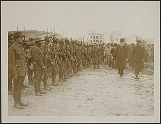 National Defence Army Corps - Eleftherios Venizelos inspects a newly raised unit of the Army of National Defence, before its departure for the front.