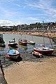 Viking Bay beach and boats at Broadstairs, Kent, England.jpg