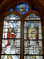 Vineuil-Saint-Firmin (60), église Saint-Firmin, verrière n° 1 - alérion, saint Pierre, saint Étienne martyr.JPG
