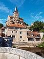 Vue 3 Eglise Notre Dame de Montmorillon à Montmorillon dans la Vienne.jpg