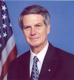 Walter B. Jones, official Congressional photo.jpg