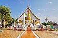Wat Chiang Rai (29671150250).jpg