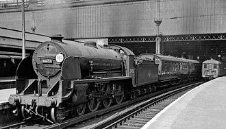 LSWR N15 class - 30453 'King Arthur' at Waterloo