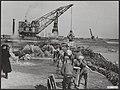 Watersnood 1953 Dichten oostelijke havendijk, Bestanddeelnr 059-1046.jpg