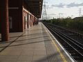 West Ham stn Jubilee eastbound look south.JPG