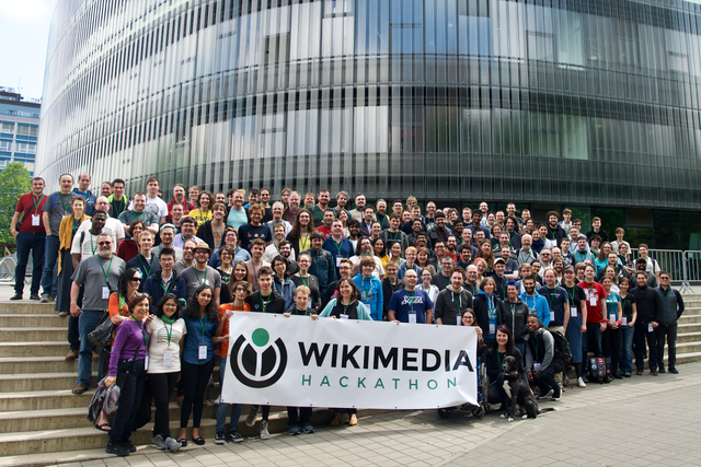 Photo of participants at the Wikimedia Hackathon 2019 in Prague.