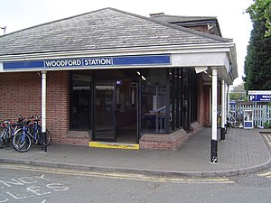 Woodford tube station - Station entrance