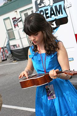 Zooey Deschanel @ Virgin Music Festival 02.jpg