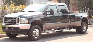 Truck classification - Image: '99 '04 Ford F 350