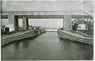 Sainte-Anne-de-Bellevue Canal - Canal and railroad bridges in 1894