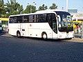 ÚAN Florenc, autobus Orangeways.jpg