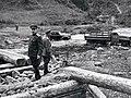 Маршал Советского Союза Ф.И. Толбухин на переправе.jpg