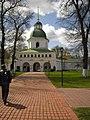 Надбрамна дзвiниця Спасо-Преображенського монастиря у Новгороді-Сіверському.jpg