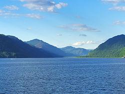 Северная оконечность Телецкого озера, район Центральной усадьбы Алтайского Заповедника.jpg