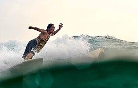 Феликс Пак на волнах Weligama 2020 январь.jpg