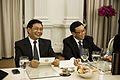 นายกรัฐมนตรี เป็นเจ้าภาพถวายเลี้ยงพระกระยาหารกลางวันแด - Flickr - Abhisit Vejjajiva (3).jpg
