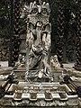 030 Tomba de Marià Regordosa, escultura de Màrius Vives.jpg