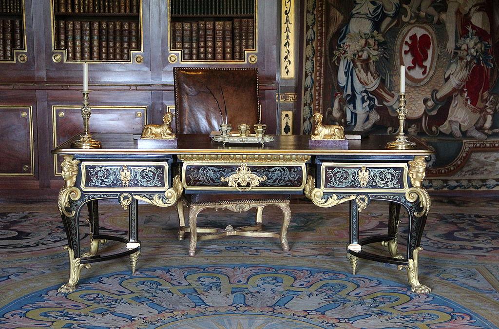 file 0 grand bureau de nicolas fouquet ch teau de vaux. Black Bedroom Furniture Sets. Home Design Ideas