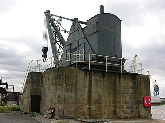 Grade II* listed buildings in the East Riding of Yorkshire - Image: 100 Ton Steam Crane, Alexandra Dock geograph.org.uk 515420
