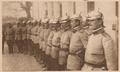 1916.11.26 Le Miroir - Militari din garda regală la sediul MCG de la Peris.png