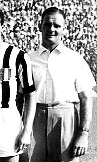 1950–51 Juventus Football Club - Jesse Carver.jpg