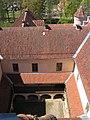 20050521-IMG 6053. Ēdoles pils pagalms, skats no torņa.jpg