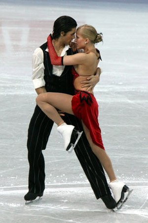 Andrew Poje - Weaver and Poje during the compulsory dance at the 2008 World Championships