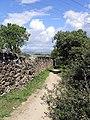 2010-05-01 Muro rodeando el Soto de Viñuelas - panoramio.jpg