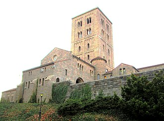 Upper Manhattan - Image: 2013 The Cloisters tower from the northeast
