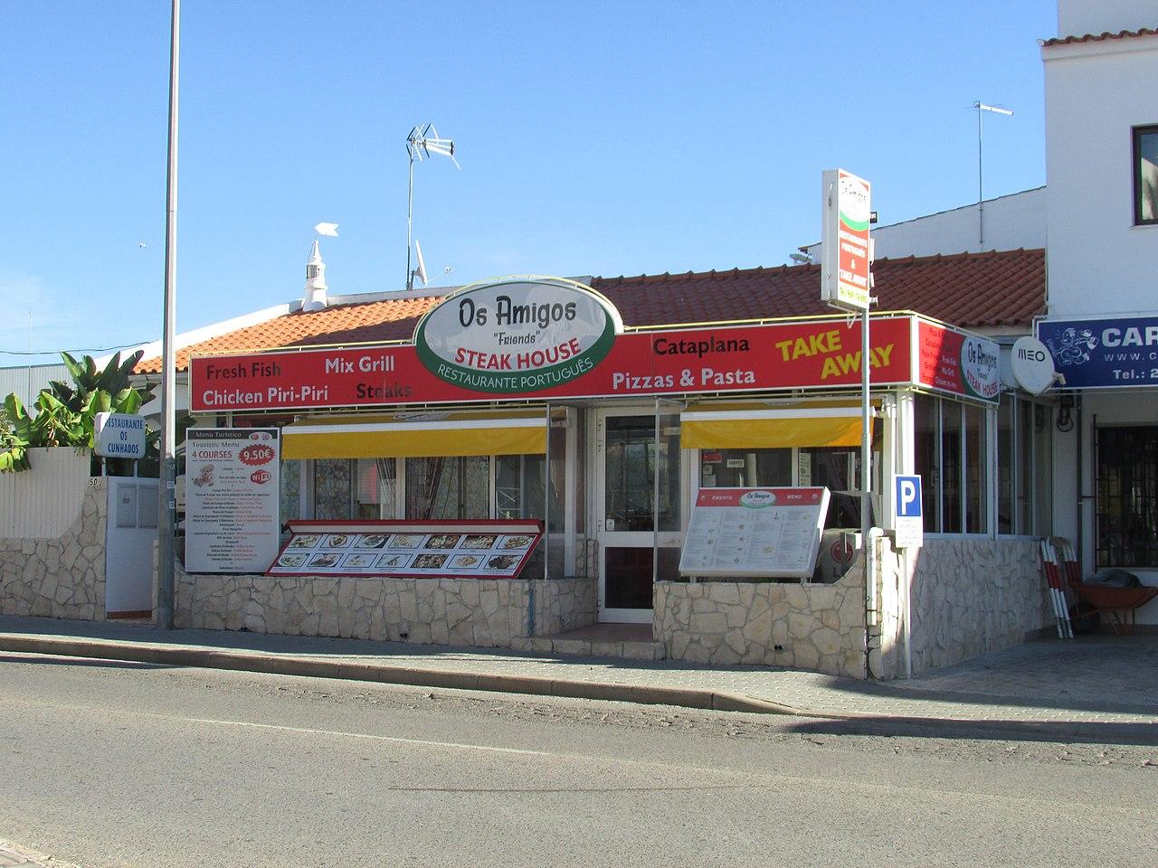 Restaurant Rue Mail La Rochelle