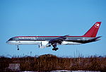 275af - Northwest Airlines Boeing 757-251, N532US@LGA,01.02.2004 - Flickr - Aero Icarus.jpg