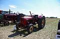 3ème Salon des tracteurs anciens - Moulin de Chiblins - 18082013 - Tracteur Porsche - gauche.jpg