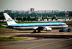 356ap - KLM Boeing 767-306ER, PH-BZB@AMS,28.05.2005 - Flickr - Aero Icarus.jpg