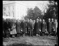 7th Division officers meet President Coolidge. The officers who commanded the 7th Division during the World War are now holding their annual reunion in Washington. They were received at the LCCN2016888539.tif