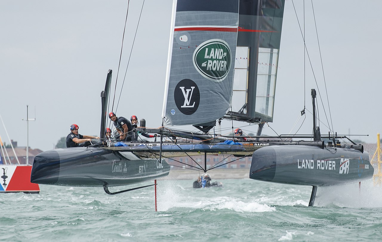 File Ac45f Racing Catamaran Using Hydrofoils Land Rover