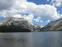 A view of Tenaya Lake IMG 4457.JPG