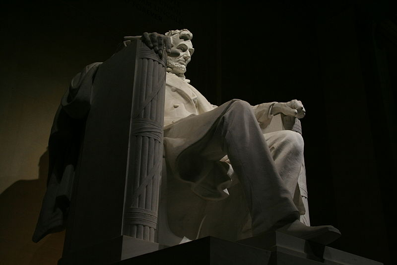 File:Abraham Lincoln seated at the Lincoln Memorial at night - April 2007 - 2841.jpg