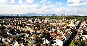 Aerial photo of Neu-Isenburg suburban neighborhood.jpg