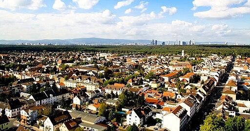 Aerial photo of Neu Isenburg suburban neighborhood