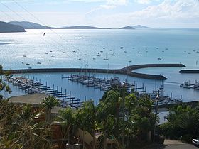 Airlie-Beach-harbor-1286.jpg