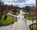 Alexandrovsky Garden - Middle Garden, view from Troitsky bridge (2015) by shakko 01.jpg