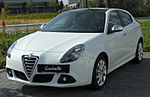 Alfa Romeo Giulietta fronto 20100704.jpg