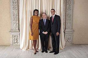 Alvaro Uribe Velez with Obamas