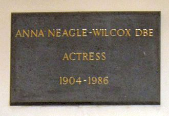 Anna Neagle - Memorial plaque to Anna Neagle in St Paul's, Covent Garden