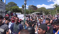 Anti-Maduro protestors at inauguration 10 January 2019.png
