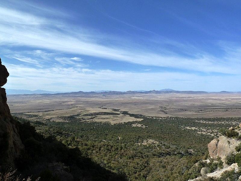 File:Apacheria, San Carlos, AZ, View SE from the Nantac Rim, 2011 - panoramio.jpg