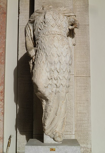 File:Apollo, from the Temple of Venus (Casino Fede), Hadrian's Villa, Vatican Museums (12009946614).jpg