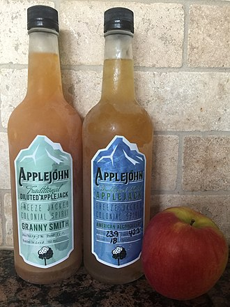 Applejack (drink) - Traditionally produced Applejohn Blue Label Blend, Applejohn Granny Smith
