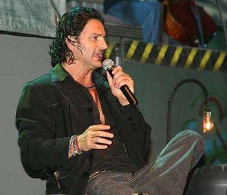 Latin Grammy Award for Best Male Pop Vocal Album - 2006 winner Ricardo Arjona